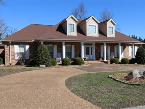 4Br, 3/2Ba Home & Adjoining Lot : Algood : Putnam County : Tennessee