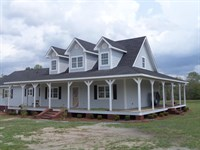 Beautiful Home With 10 Acres : Screven : Wayne County : Georgia