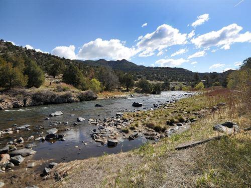 4482254 Sleep To The Sound Of The : Salida : Chaffee County : Colorado
