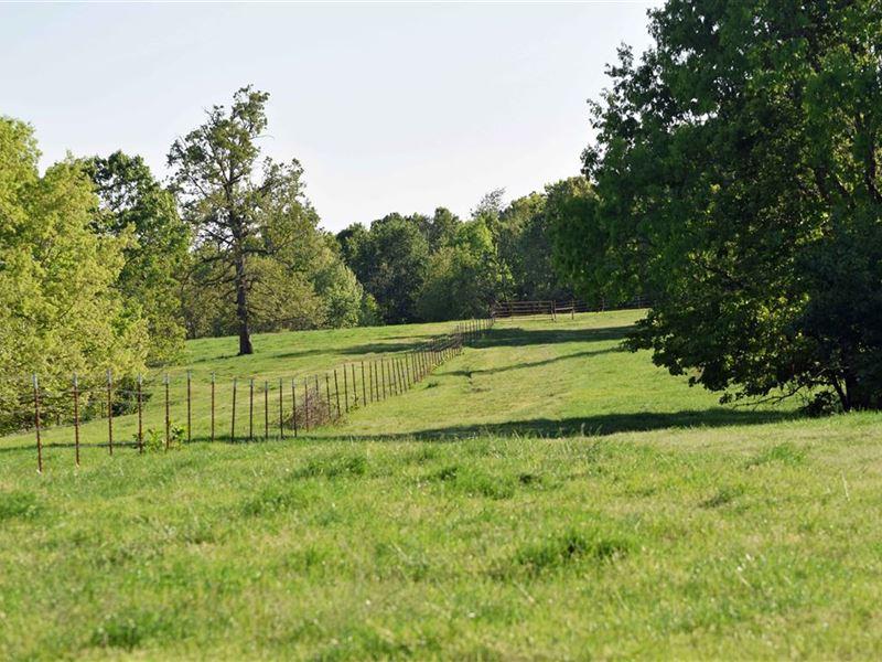 2 Sauns Farms 540 Acres +/- : Colcord : Delaware County : Oklahoma