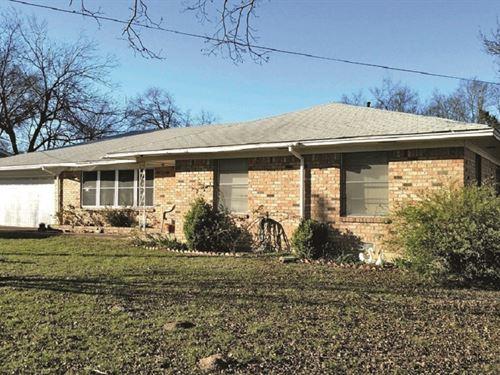 Sulphur Springs Home Auction : Sulphur Springs : Hopkins County : Texas