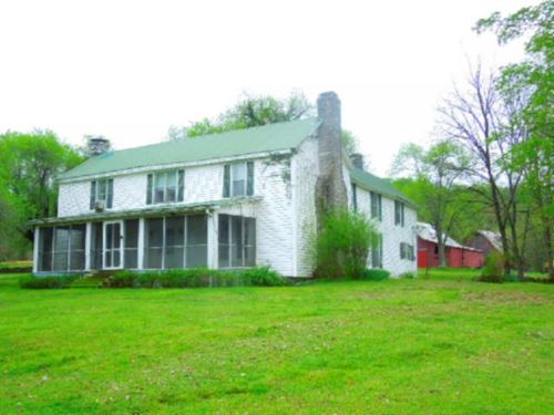 51.11 Acres Home, Barns, Creek, Pas : Granville : Putnam County : Tennessee