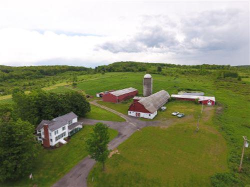 Farmhouse Horse Barn In Fenton Ny : Fenton : Broome County : New York
