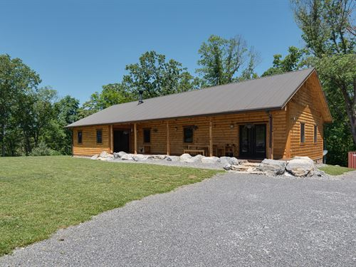 Log Home On 4.68 Acres : Parrottsville : Cocke County : Tennessee