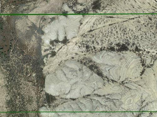 322 Acres in Alpine, Texas : Alpine : Brewster County : Texas