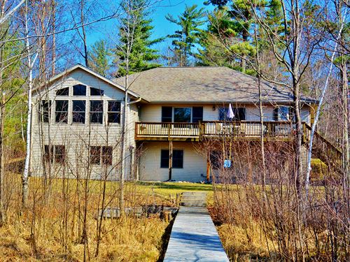 Crawling Stone Lake Home 3 Acres : Lac Du Flambeau : Vilas County : Wisconsin