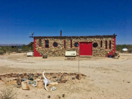 Off Grid 20 Acre Ranchette : Terlingua : Brewster County : Texas