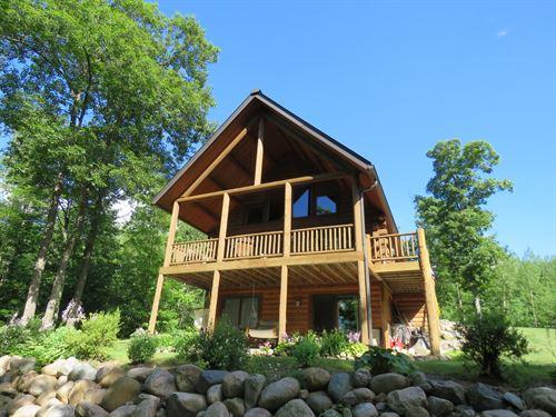 Full Log Chalet-Headflyer Lk. : Lac Du Flambeau : Vilas County : Wisconsin