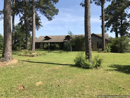 Country Home : Brookhaven : Lincoln County : Mississippi