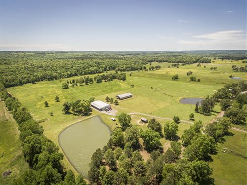 120 Ac Farm/Ranch Greers Ferry Lake : Bee Branch : Van Buren County : Arkansas