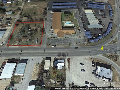 1.014 Acre Commercial Location : Stephenville : Erath County : Texas