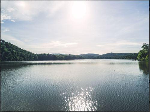 Beautiful Views Of Smith Mountain : Huddleston : Bedford County : Virginia