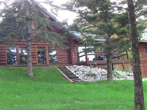 Lake Drive East : Livingston : Park County : Montana