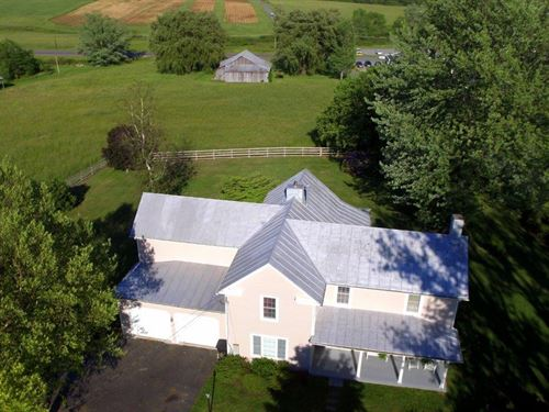 For Sale 1900S Farm House W/ 6 Acre : Bent Mountain : Roanoke County : Virginia