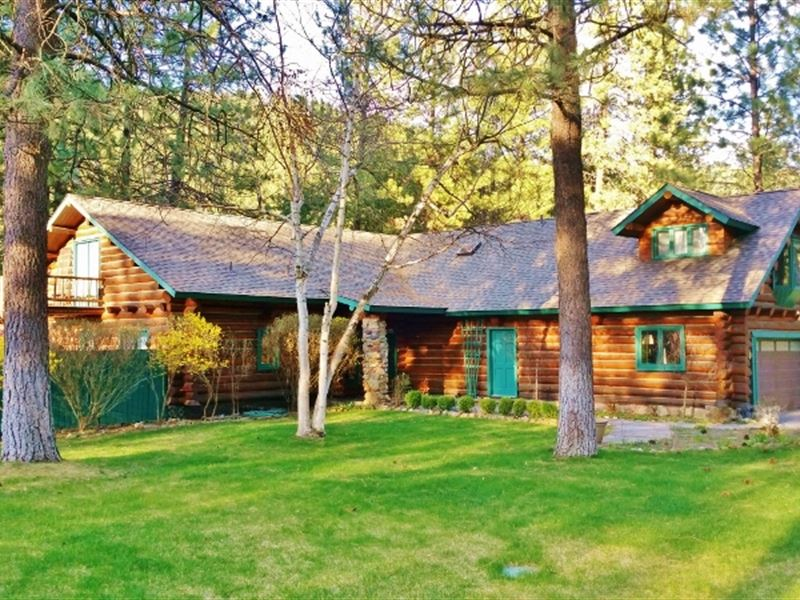 Beautiful Riverfront Log Home Weste : Superior : Mineral County : Montana
