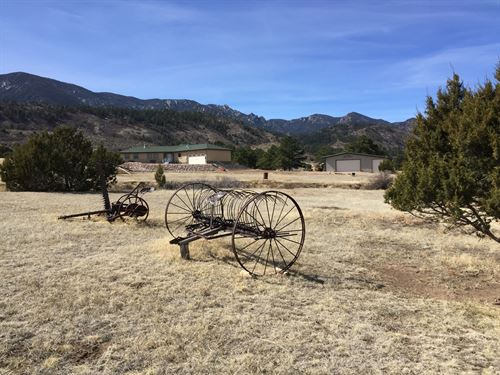 Vee Locke Ranch : Florence : Custer County : Colorado