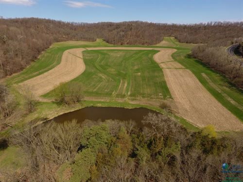 Outstanding Recreational Land : Spring Green : Sauk County : Wisconsin