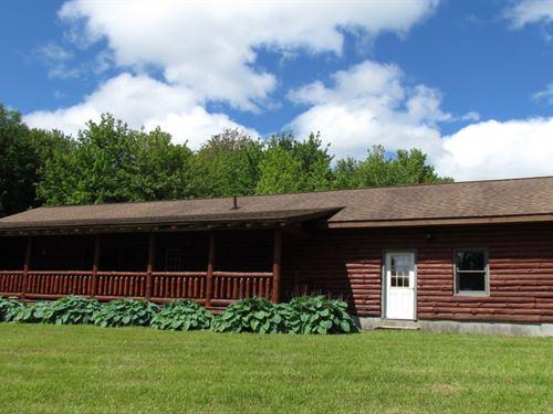 31 Acres Log Home Pole Barn : Solon : Cortland County : New York