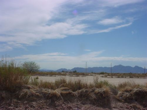 Easy Access To Phoenix Or Tucson : Eloy : Pinal County : Arizona