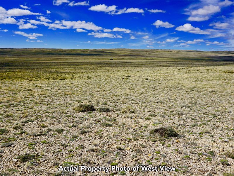 Ranch With County Road Frontage : Rawlins : Sweetwater County : Wyoming