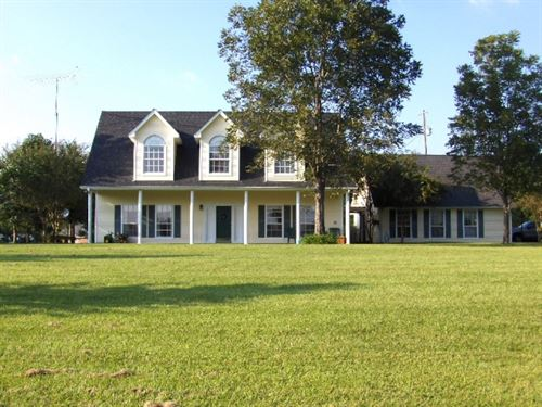 57 Crestview Lane 125579 : Columbia : Marion County : Mississippi