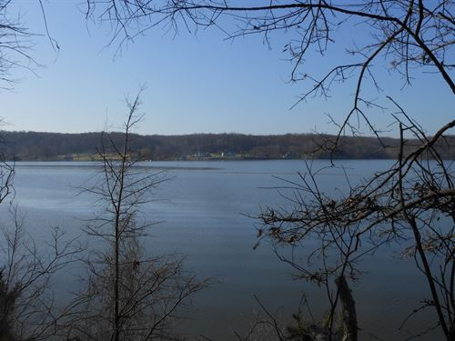 Riverfront, Close To Deep Water : Stafford : Virginia
