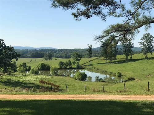 241 Acre Farm & Home : Livingston : Overton County : Tennessee