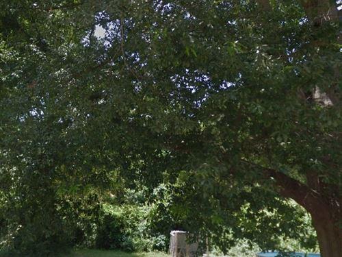 .41 Acres- Camden, Ar 71701 : Camden : Ouachita County : Arkansas