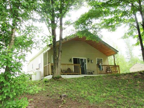 Waterfront Cottage On Fawn Lake : Orwell : Oswego County : New York