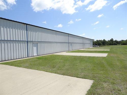 84 Ac Active Airport Great Income : Lonoke : Arkansas