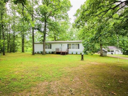 17 Wooded Acres In Private Setting : Willow Springs : Howell County : Missouri