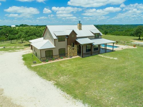 35+ Acres With Home & Barn : Bluff Dale : Erath County : Texas