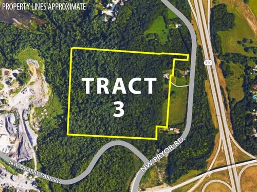 Tract 3 - 1.5 Story Home On Acreage : Lees Summit : Jackson County : Missouri