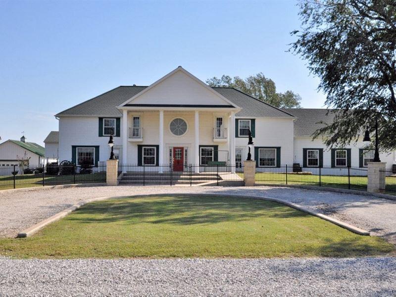 Corp. Retreat, B&B, Spa Or Estate : Arkansas City : Cowley County : Kansas