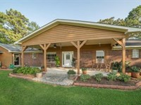 Horse Farm With Home On 82 Acres, : Magee : Simpson County : Mississippi