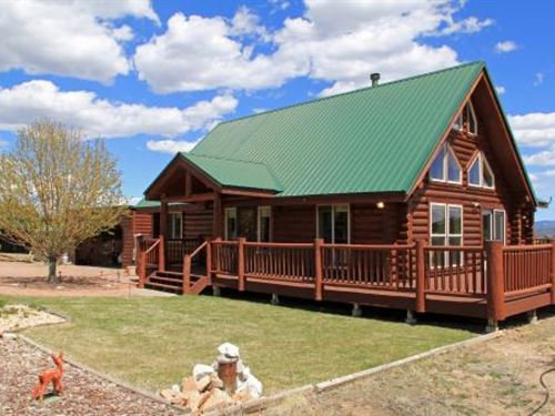 Colorado Mountain Luxury Log Home : Westcliffe : Custer County : Colorado
