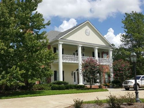 Equestrian Estate : Flora : Madison County : Mississippi