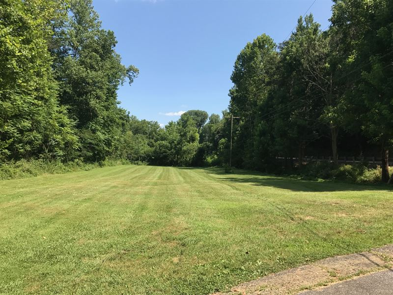 10+/- Acres W/Older Home : Pall Mall : Pickett County : Tennessee