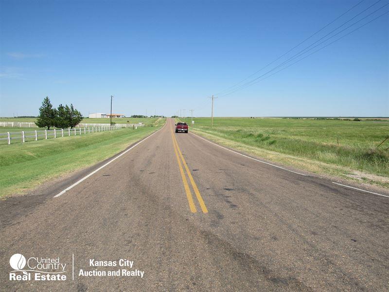 400 Acre Ford County, Kansas Farm : Dodge City : Ford County : Kansas