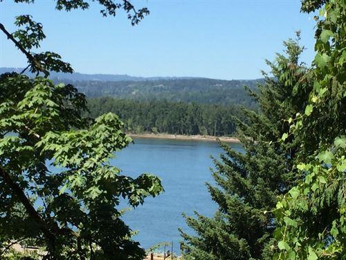 Columbia River View Lot : Corbett : Multnomah County : Oregon
