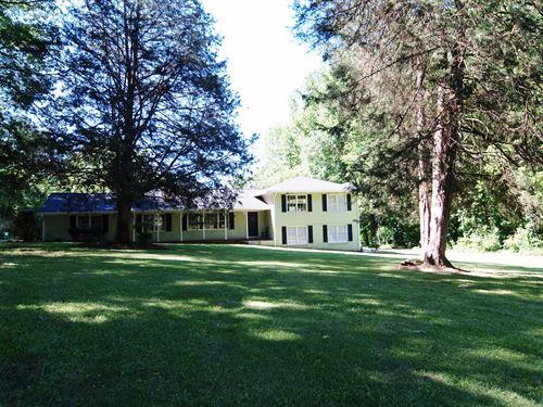 Home Between Madison & Rutledge : Madison : Morgan County : Georgia