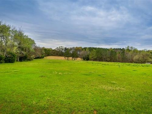 Over 25 Acres And Home In Madison : Madison : Morgan County : Georgia