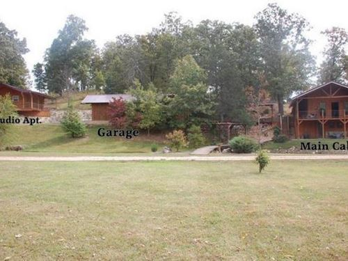 Private Lake With 2 Log Cabins : Cabool : Texas County : Missouri
