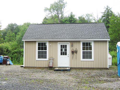 Cabin Near Ithaca And State Forest : Dryden : Tompkins County : New York