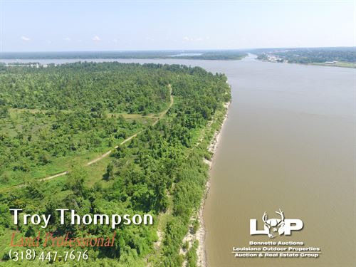 756 Acres Riverfront Hunting Land : Delta : Madison Parish : Louisiana
