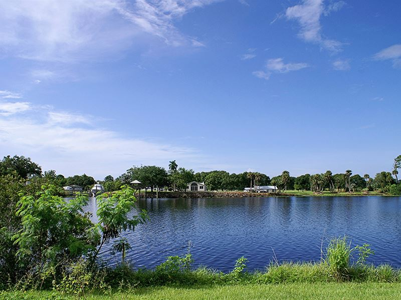 Riverfront Intercoastal West : Labelle : Hendry County : Florida