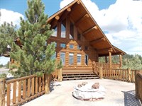 Beautiful Loghome W/Private Golfing : Hulett : Crook County : Wyoming