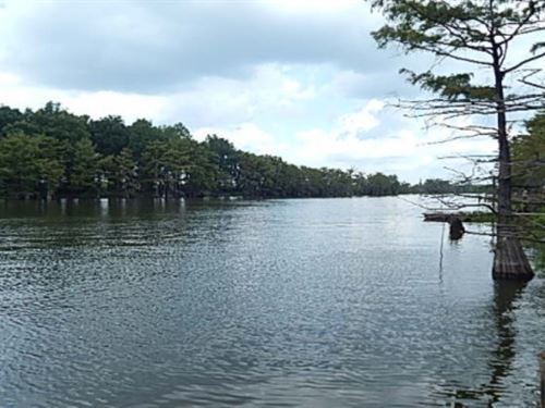 3.6 Acres On Wolf Lake In Humphreys : Yazoo City : Humphreys County : Mississippi