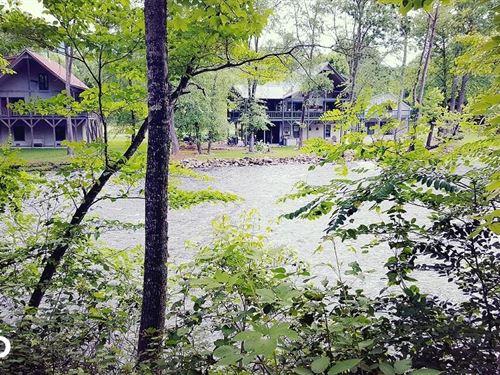 Angler's Blue Ridge Retreat : Hayesville : Clay County : North Carolina
