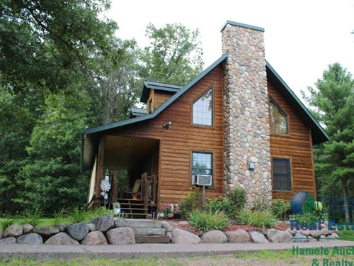 Proven Hunting History W/ Log Home : Merrillan : Jackson County : Wisconsin